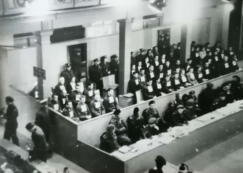 Black and white photograph of the courtroom at the Bergen-Belson trials held after the First World War